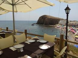Kayak en Cabo de Gata. Restaurante La Ola