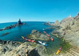 ruta en kayak en Cabo de Gata. 4 - arrecife